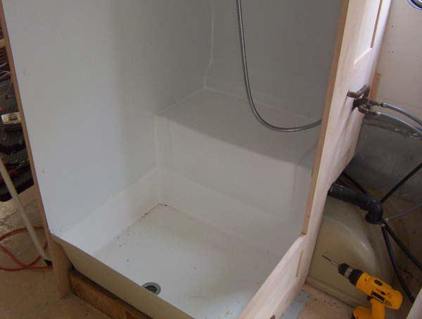Sealing shower stall seams - Airstream Forums